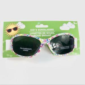 Kids ultraviolet protection sunglasses